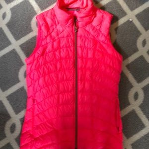Athleta Vest medium bright melon pink